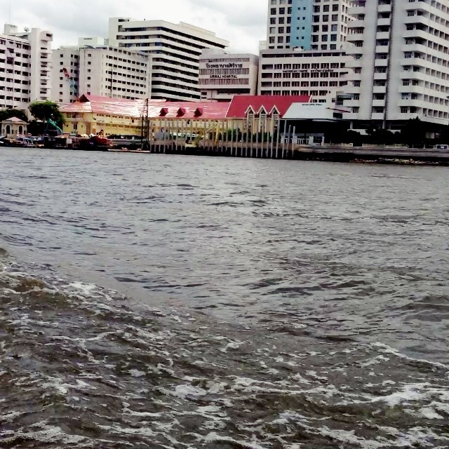 #Bangkok. On a boat along the Chao Phraya River. #travel #Thailand #video