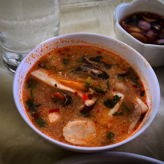 Tom Yum. Yum Tom. Tom Tom. Yum Yum. Words, as you can see, fail me when I describe Thai #food. #thailand #cuisine #travel #delicious #foodporn