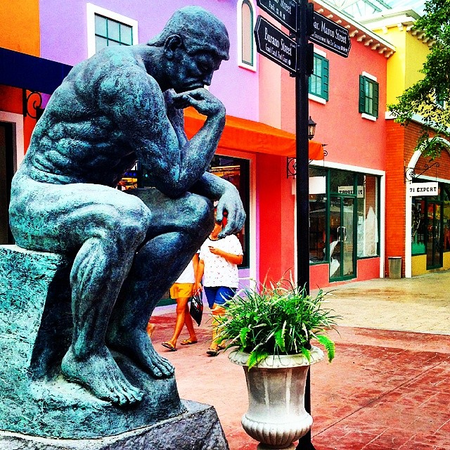Oh, look! They tinkered with The Thinker. What were they thinking? At Venezia, Hua Hin. #Thailand #art #travel