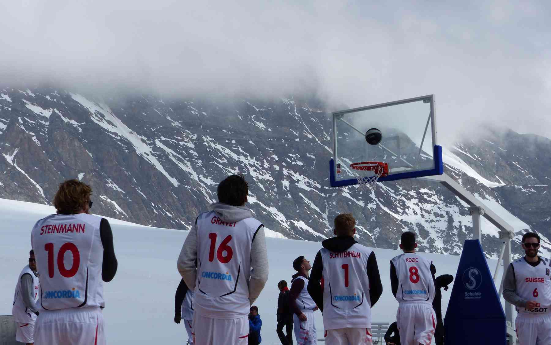 Tony Parker plays basketball at Jungfraujoch